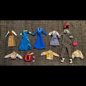 Lot of excellent condition used Barbie clothes